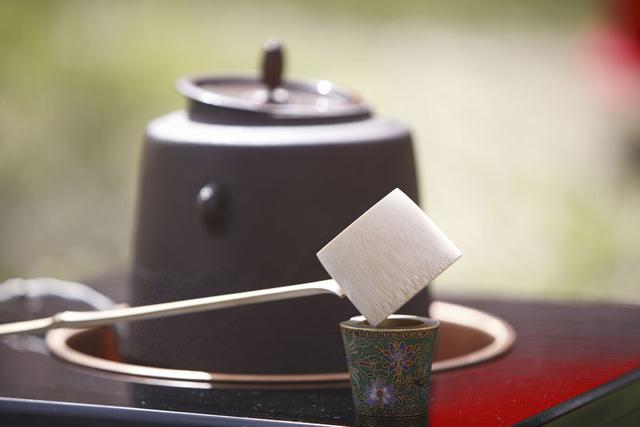 蓋置(ふたおき)の茶道具買取なら無料査定ができるSATEeee茶道具買取へ