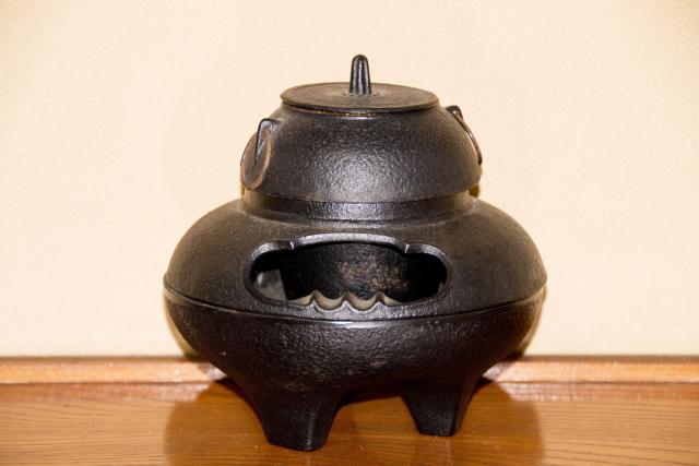 茶釜(ちゃがま)の茶道具買取なら無料査定ができるSATEeee茶道具買取へ
