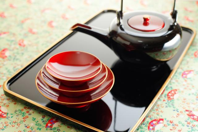 懐石道具(かいせきどうぐ)の茶道具買取なら無料査定ができるSATEeee茶道具買取へ