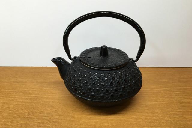 銀瓶(ぎんびん)の茶道具買取なら無料査定ができるSATEeee茶道具買取へ