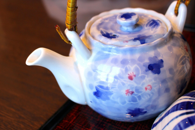 煎茶道具(せんちゃどうぐ)の茶道具買取なら無料査定ができるSATEeee茶道具買取へ